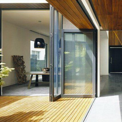 Aluminium-Bifold-door